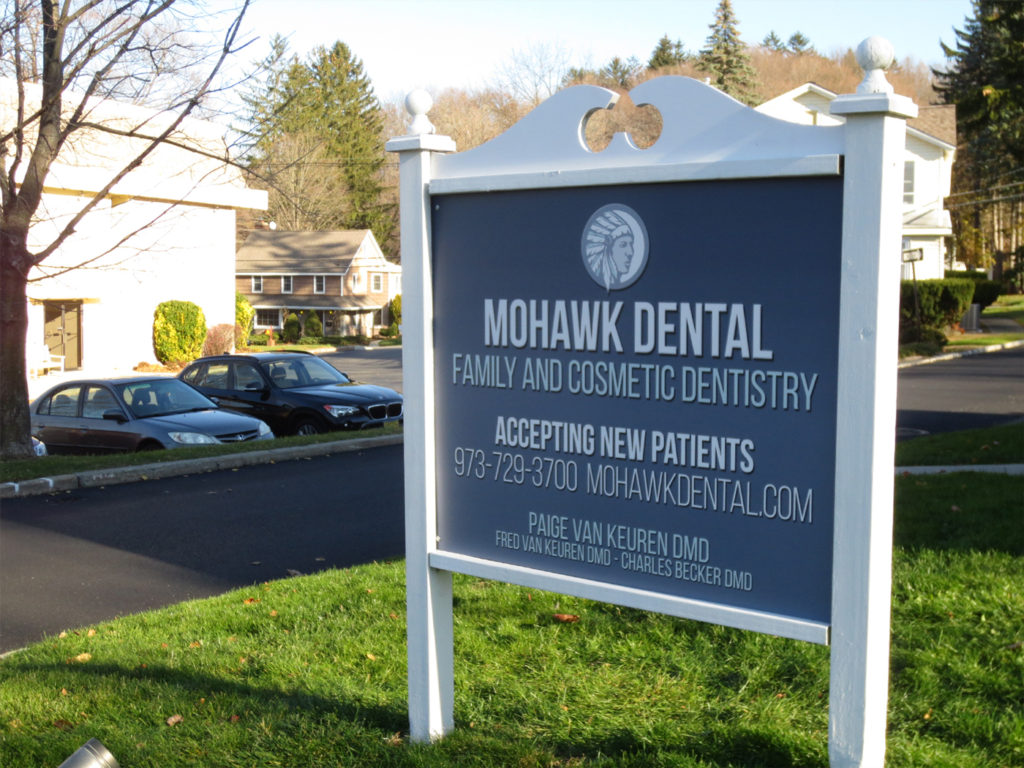 Mohawk Dental Sign